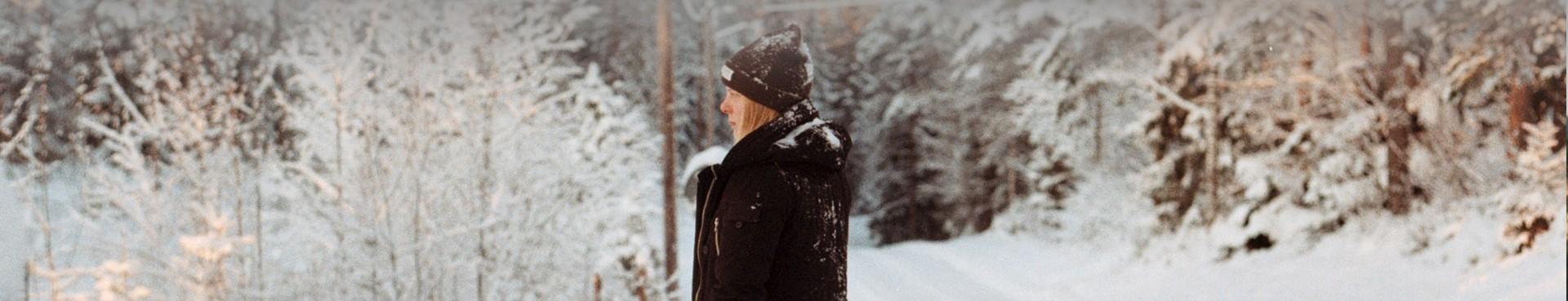 Czapki damskie w góry i na co dzień, zimowe, z daszkiem   SZLAK.co
